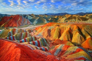 danxia-rainbow-colored-mountains-china-woe1-1050x700